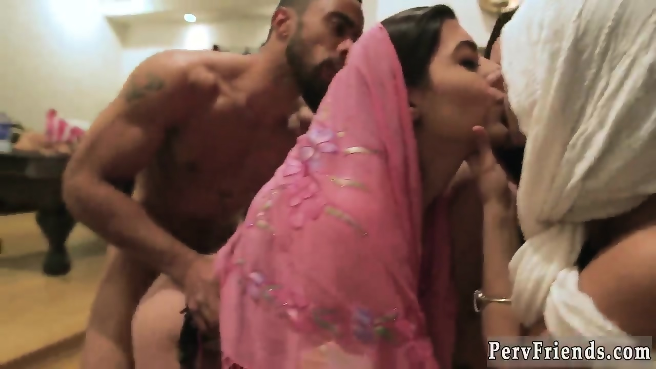 Girls kiss home made indian porn