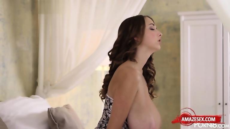 Mature young lesbian amateur porn pictures