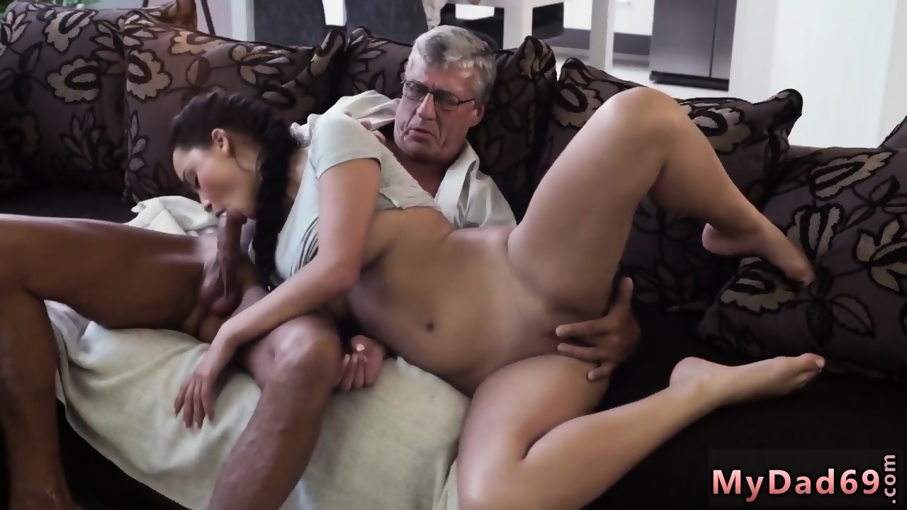 India licking youngpussy | Erotic photo)