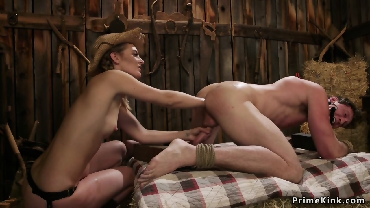Anal in the barn