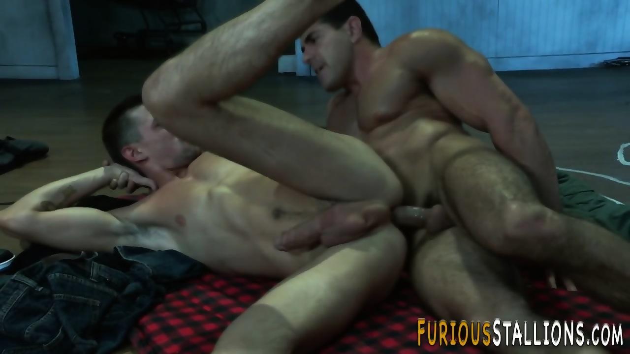 Muscly studs ass fuck