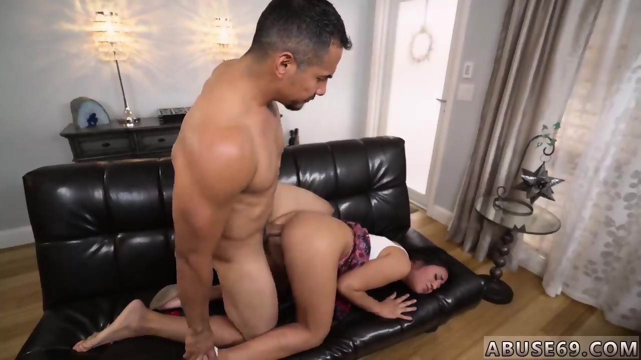 Hot aisan babes pussy