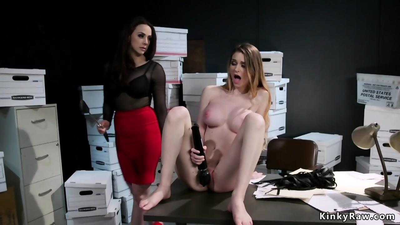 Wife Fucks Stranger Club