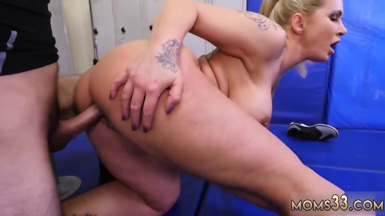 Milf extreme orgasm