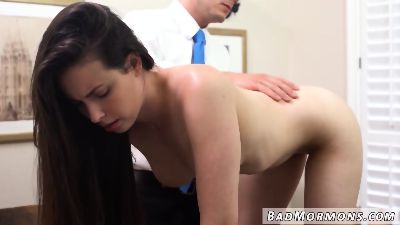 Lesbian licking tribbing