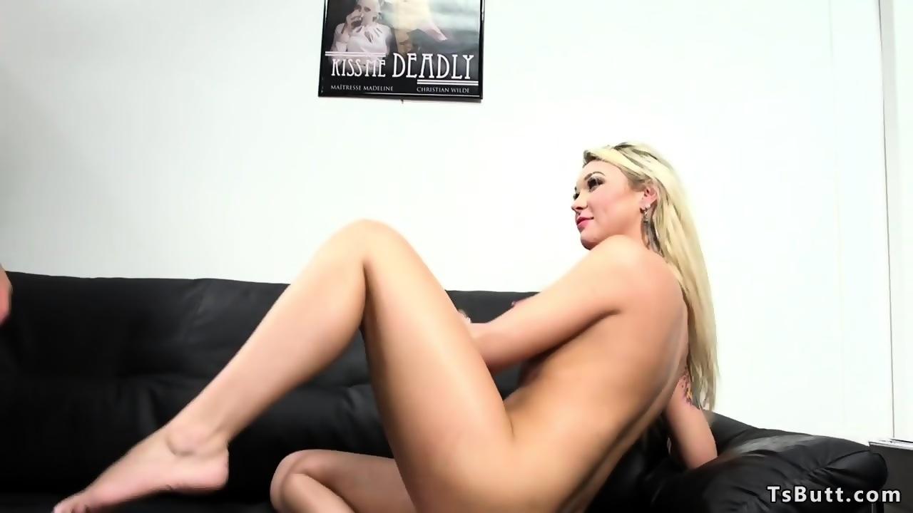 Big cock tranny anal