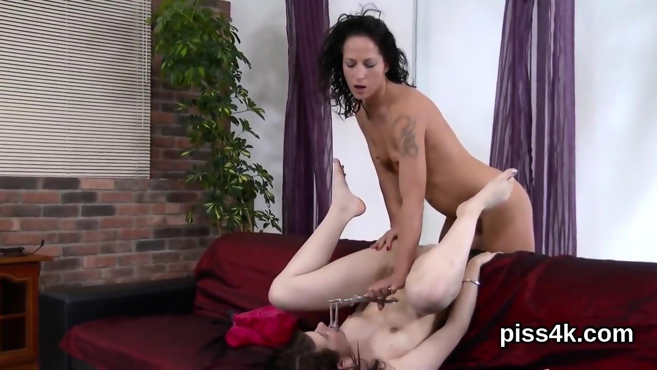 Mature nude female analingus