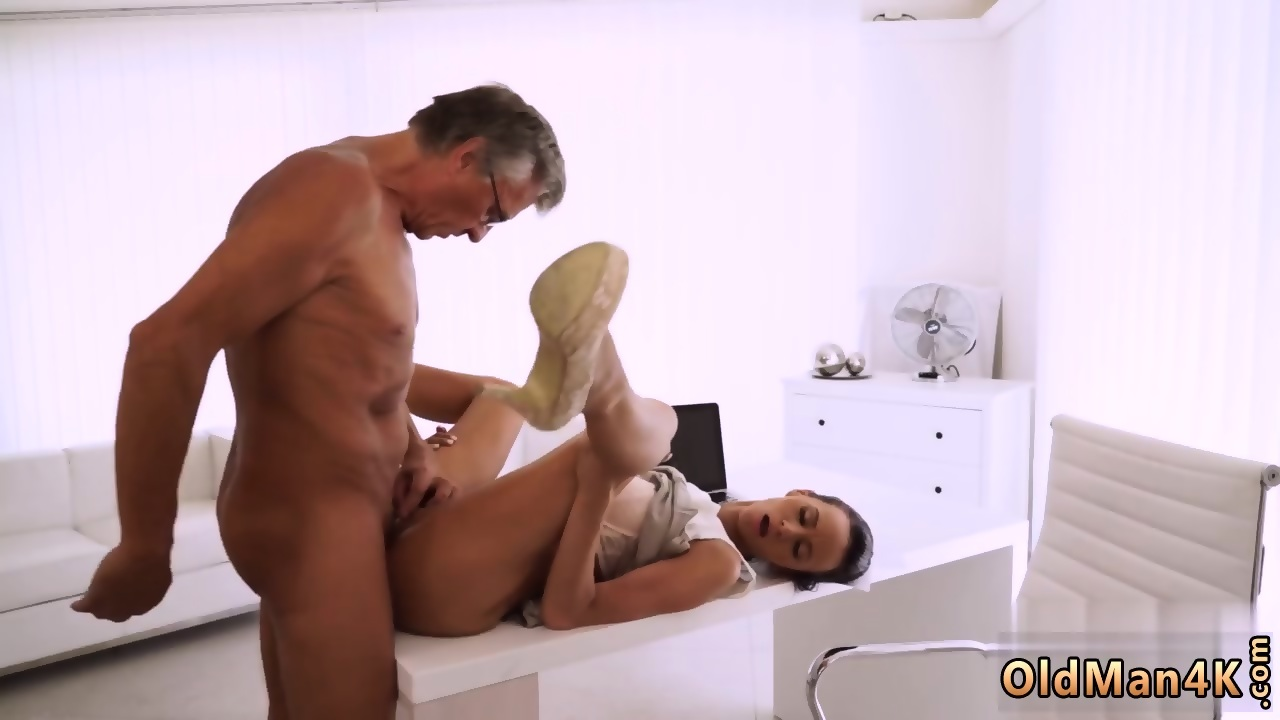 Sucking big cock video 6401
