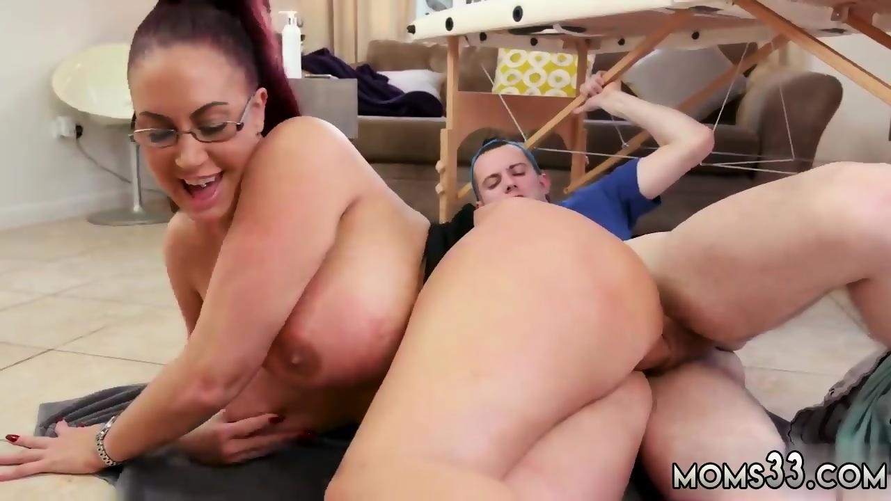 Natural milf anal