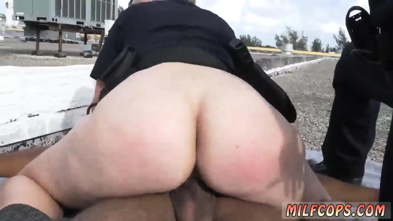 Gay male outdoor sex