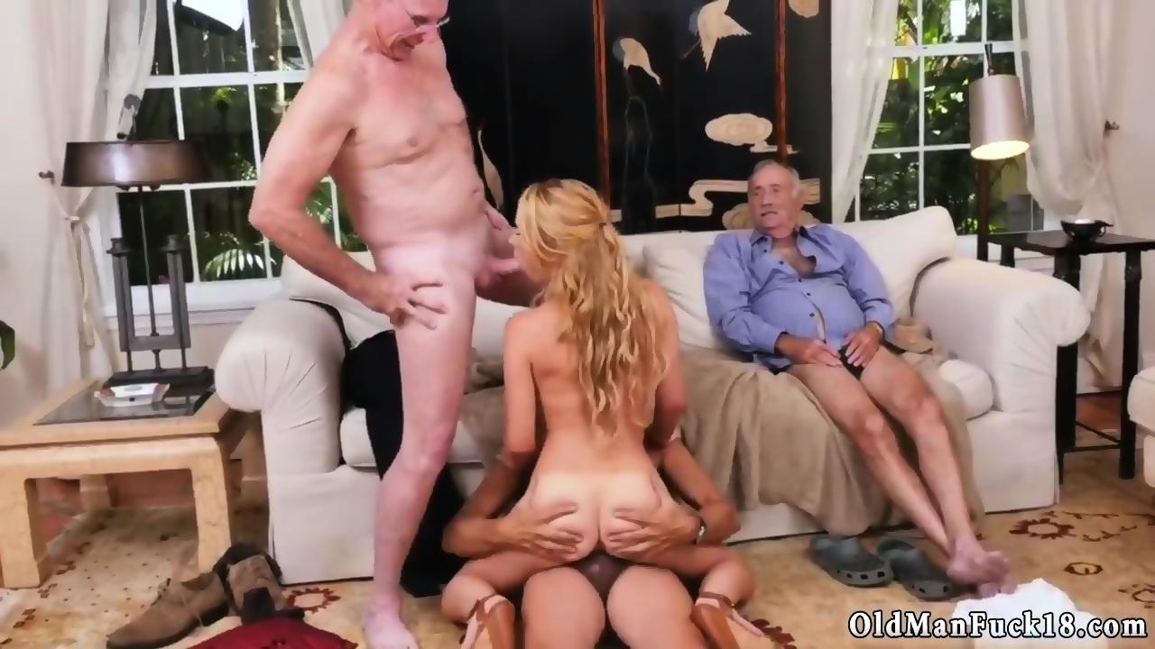 Hardcore mum anal sex