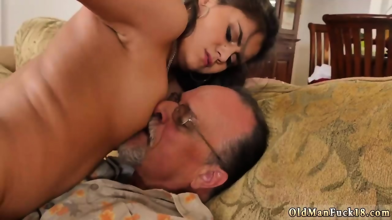 Eating My Neighbors Girl Pussy