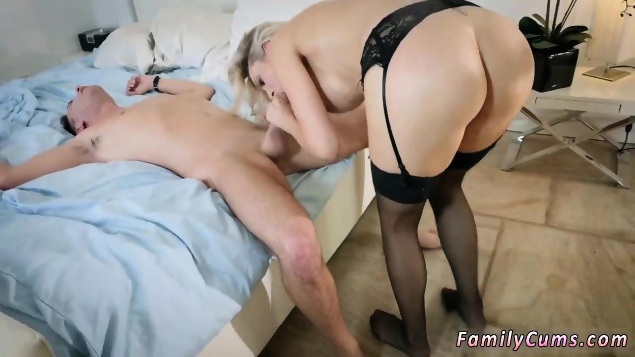 Amateur Sex First Time Facial