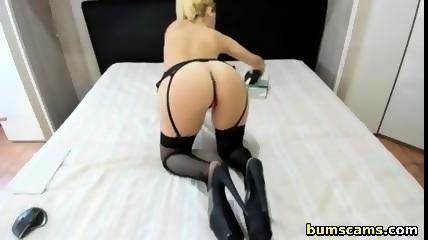 Girls want to masturbate