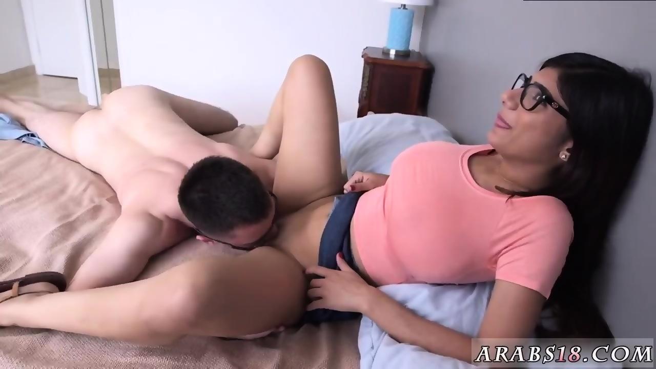 Mia Khalifa Threesome Full