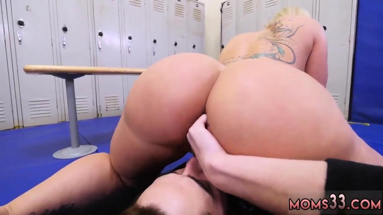 Thick Busty Latina Milf