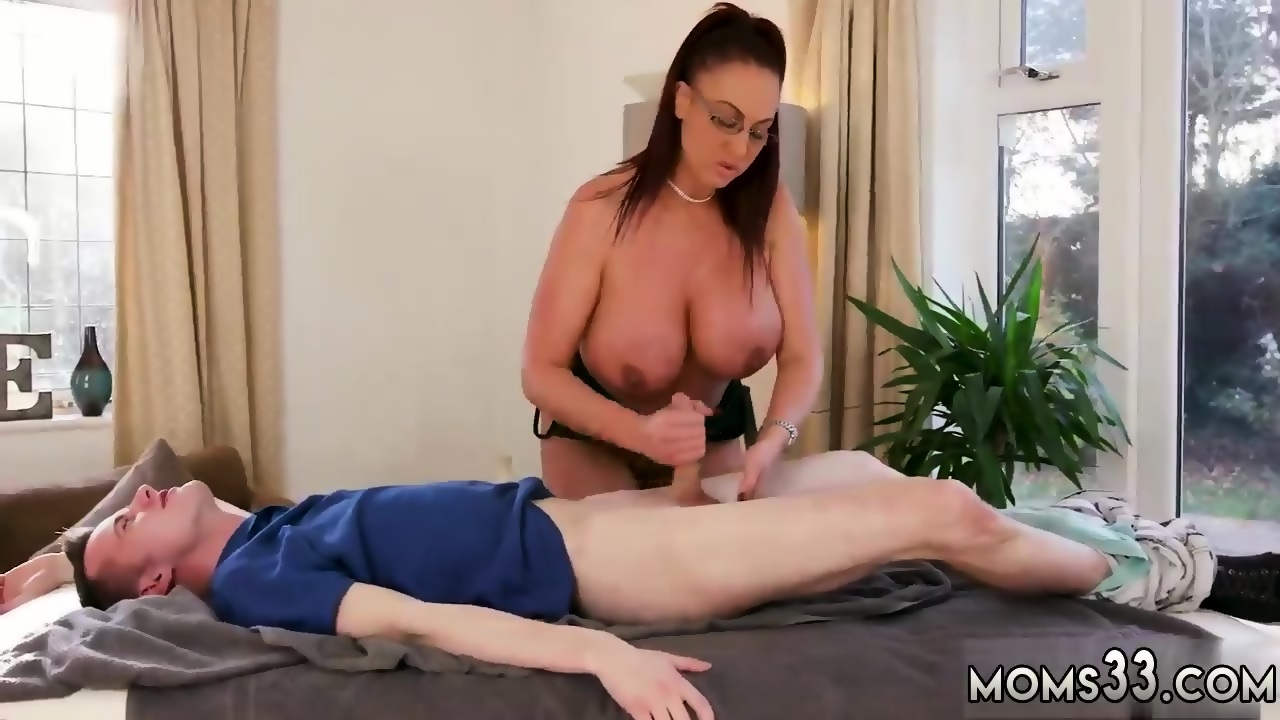Hot Mom Anal