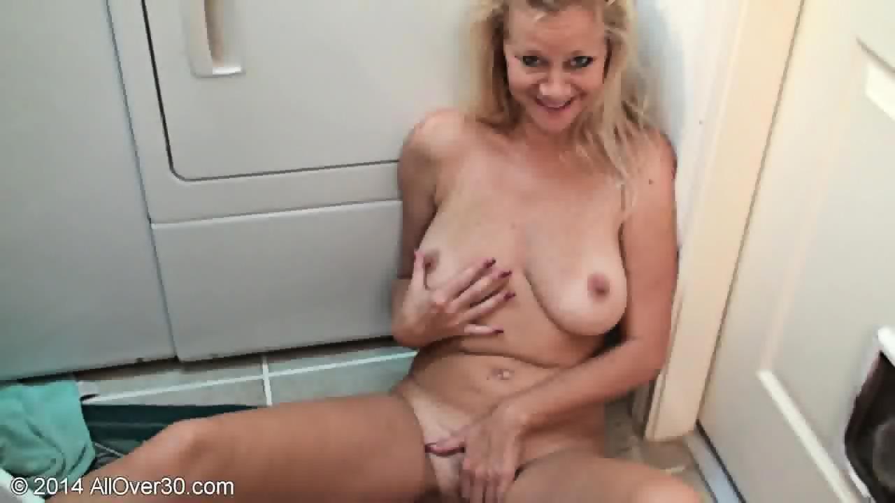 Cock fucking ebony girl