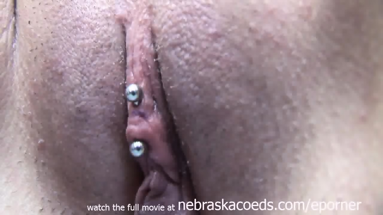 Real clit piercing