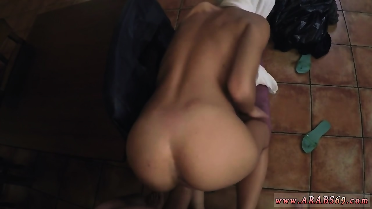Amature little tits wife porn gif