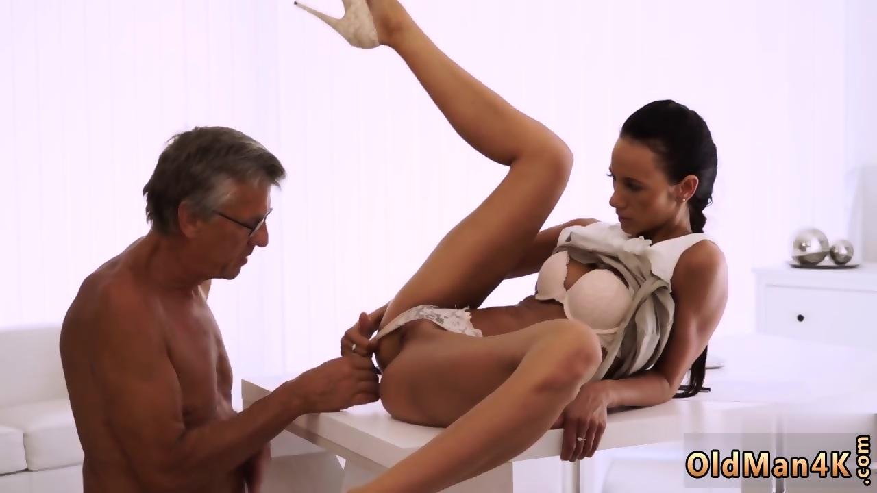 Nude girl on top of dick xxx