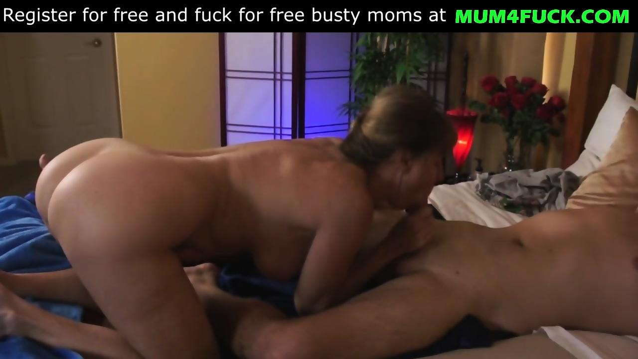 Wife and husband threesome xnxx