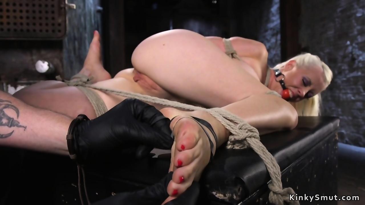 Shaved pussy bondage
