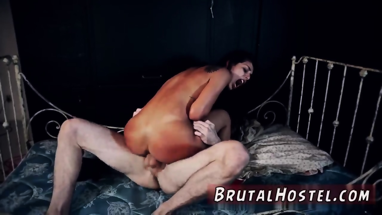 Brazilian girl fist fucking