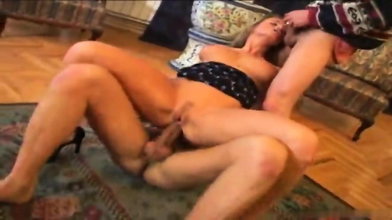 Threesome Teen Sluts Anal