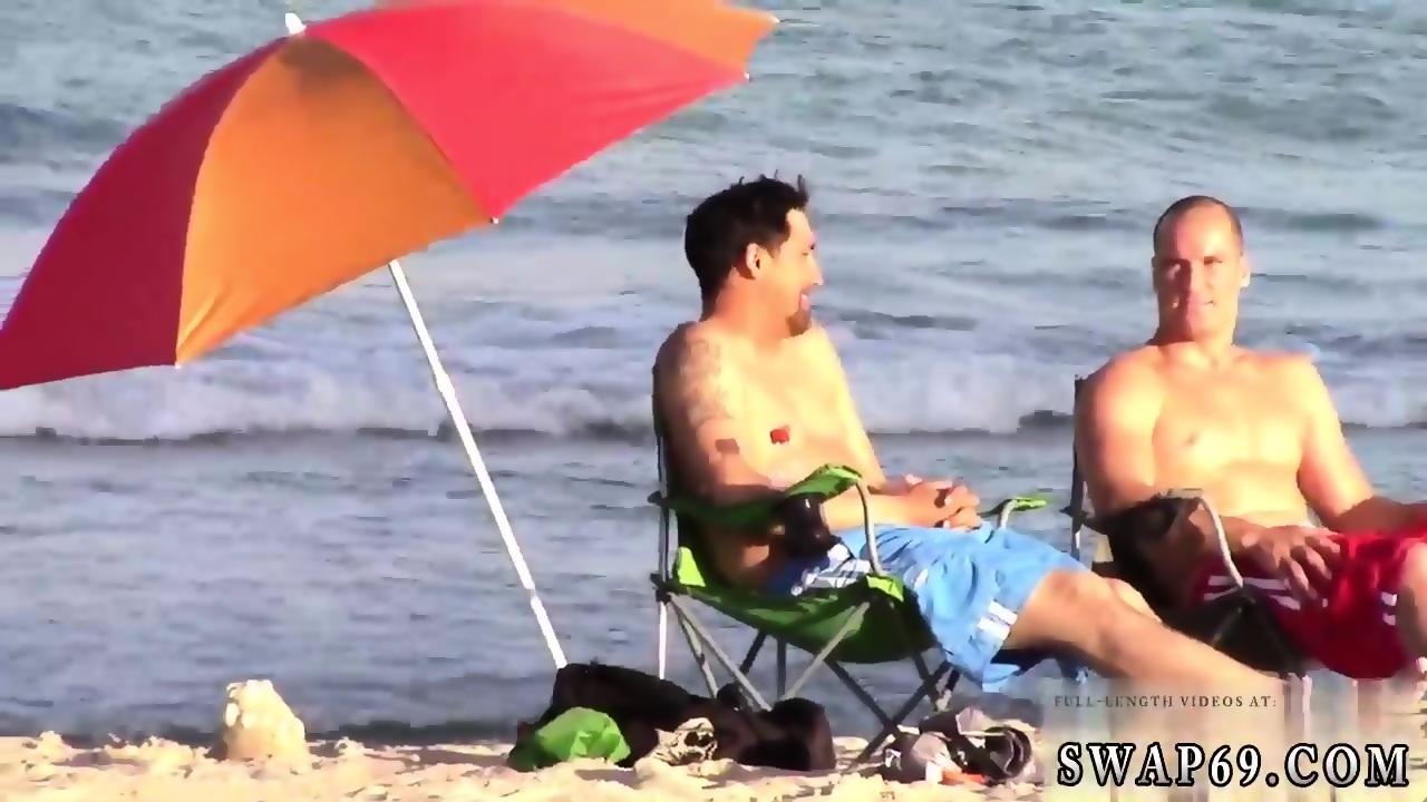 Chunky wife cuckolding her husband