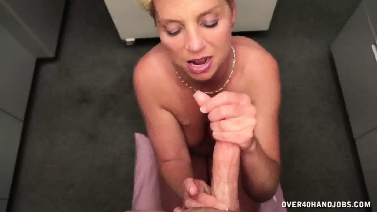 jessica biel sucking penis