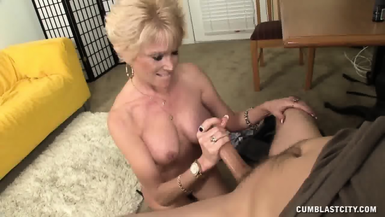 Housewives cum
