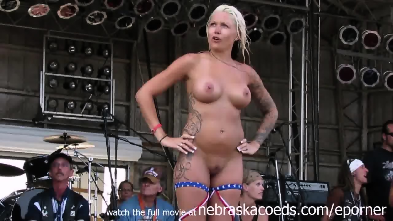 SeXXXy Grandy. amateur stripping contests