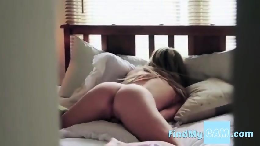 Fit Cam Girl Masturbation