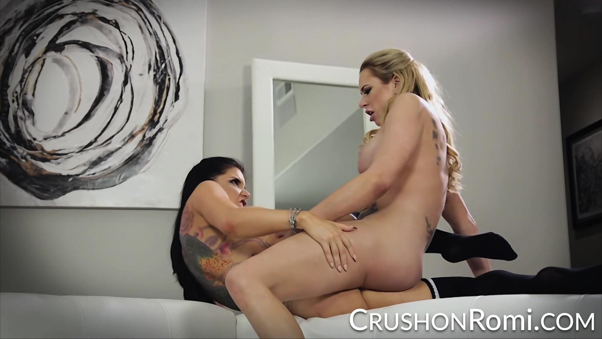 briana bank analni seks