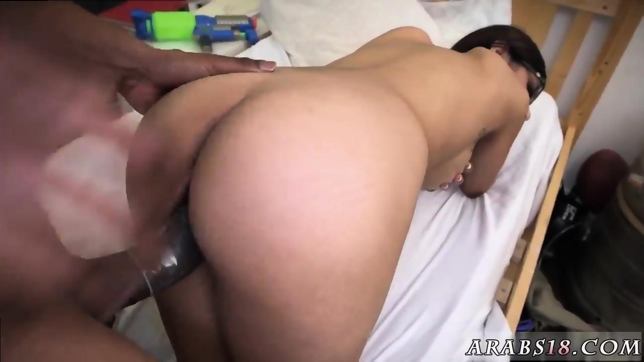 Ebony Leg Shaking Orgasm
