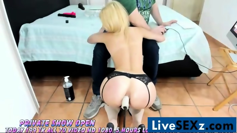 tell lovely amateur chick sucking swinger with you agree. something