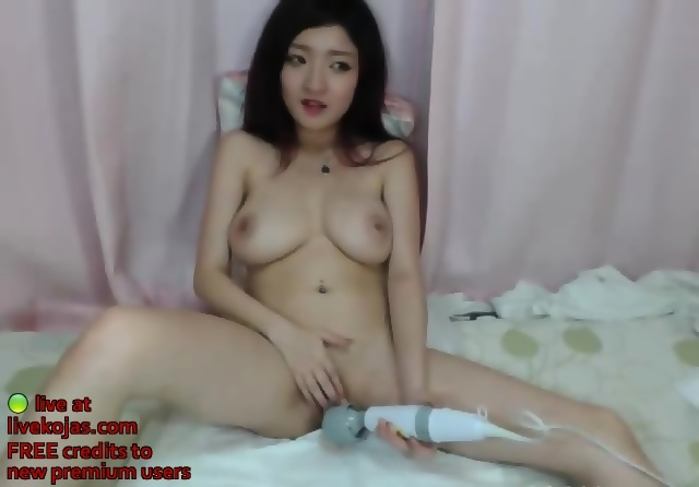 Ailee fucked by two men - 1 9