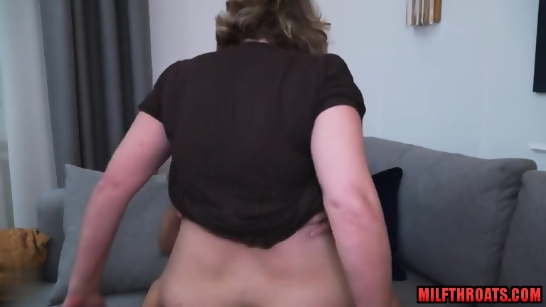 Big ass squirting huge cream pie