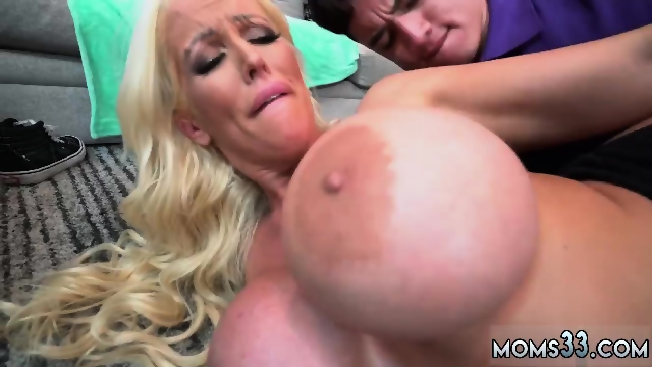 Milf Face Fuck And Long Blonde Hair Step Mom S New Fuck Toy Scene 1
