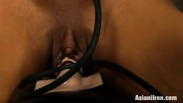 Clitoris sybian video