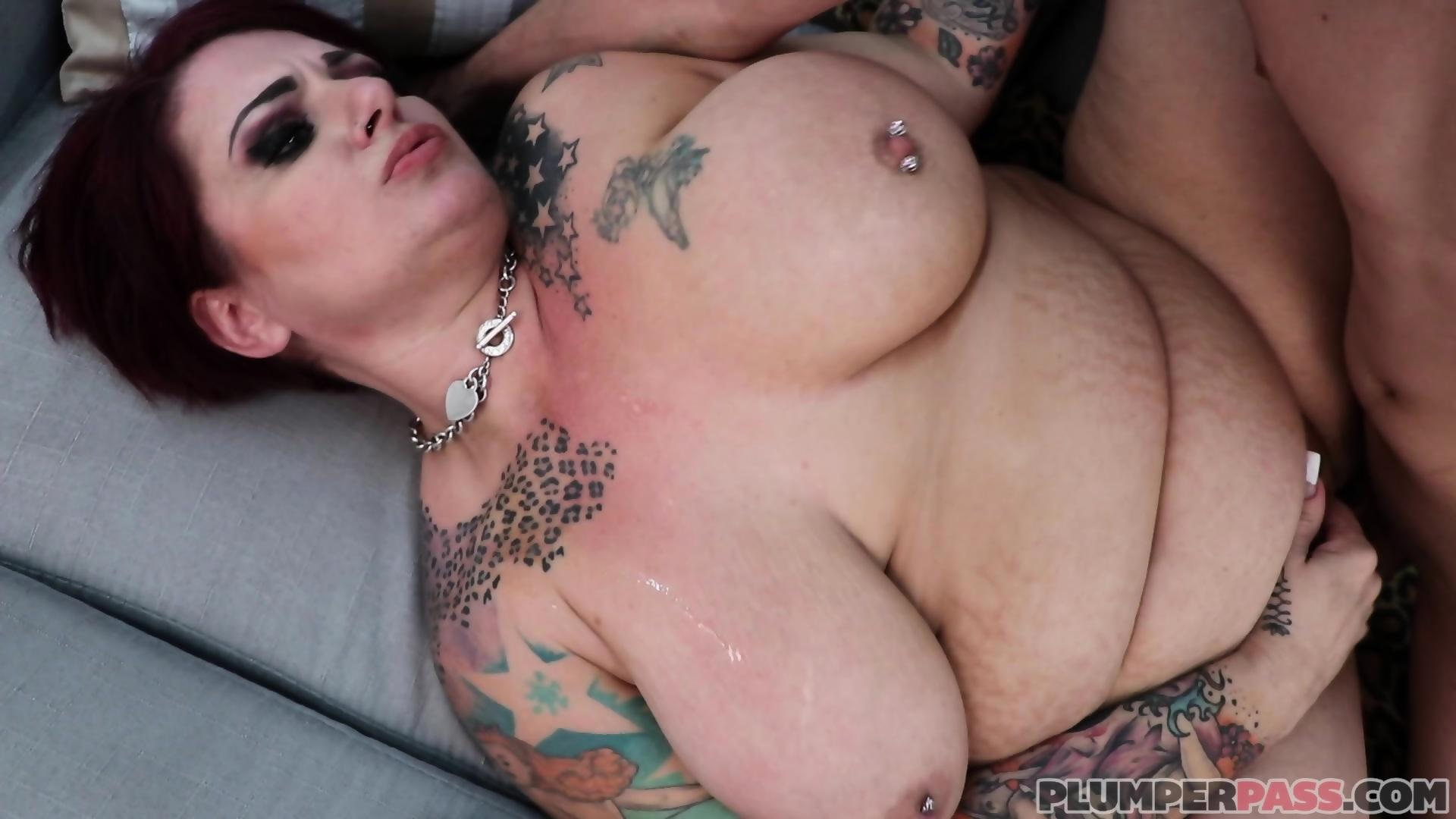 mature nude latinas