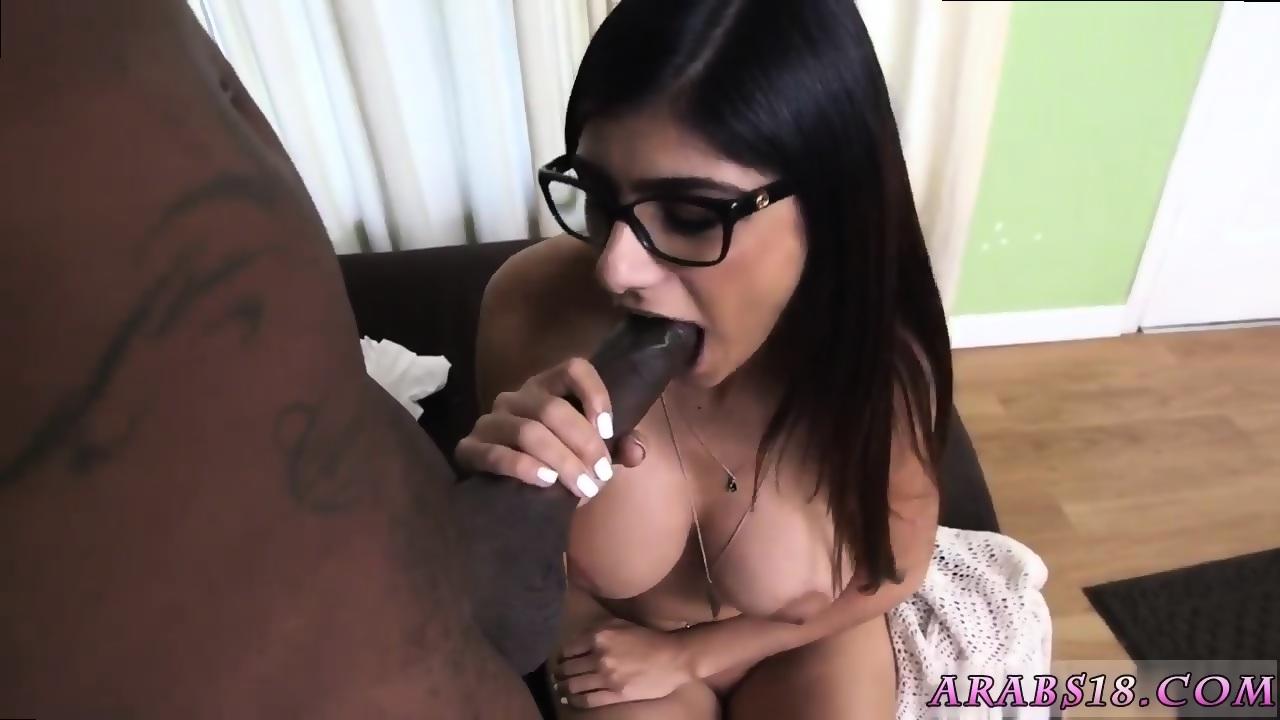 Pretty Black Girl Sucking Dick