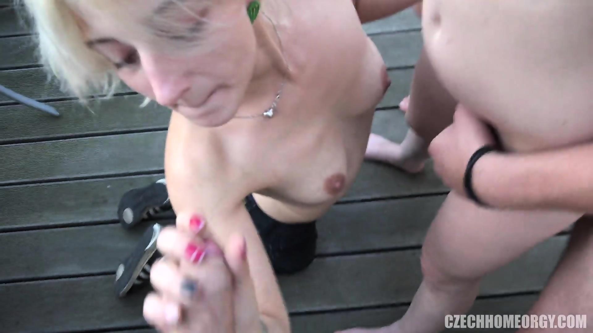 Photos nude female lu lu