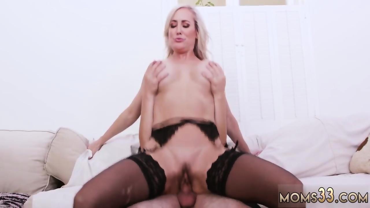 Blonde Milf Squirting Dildo