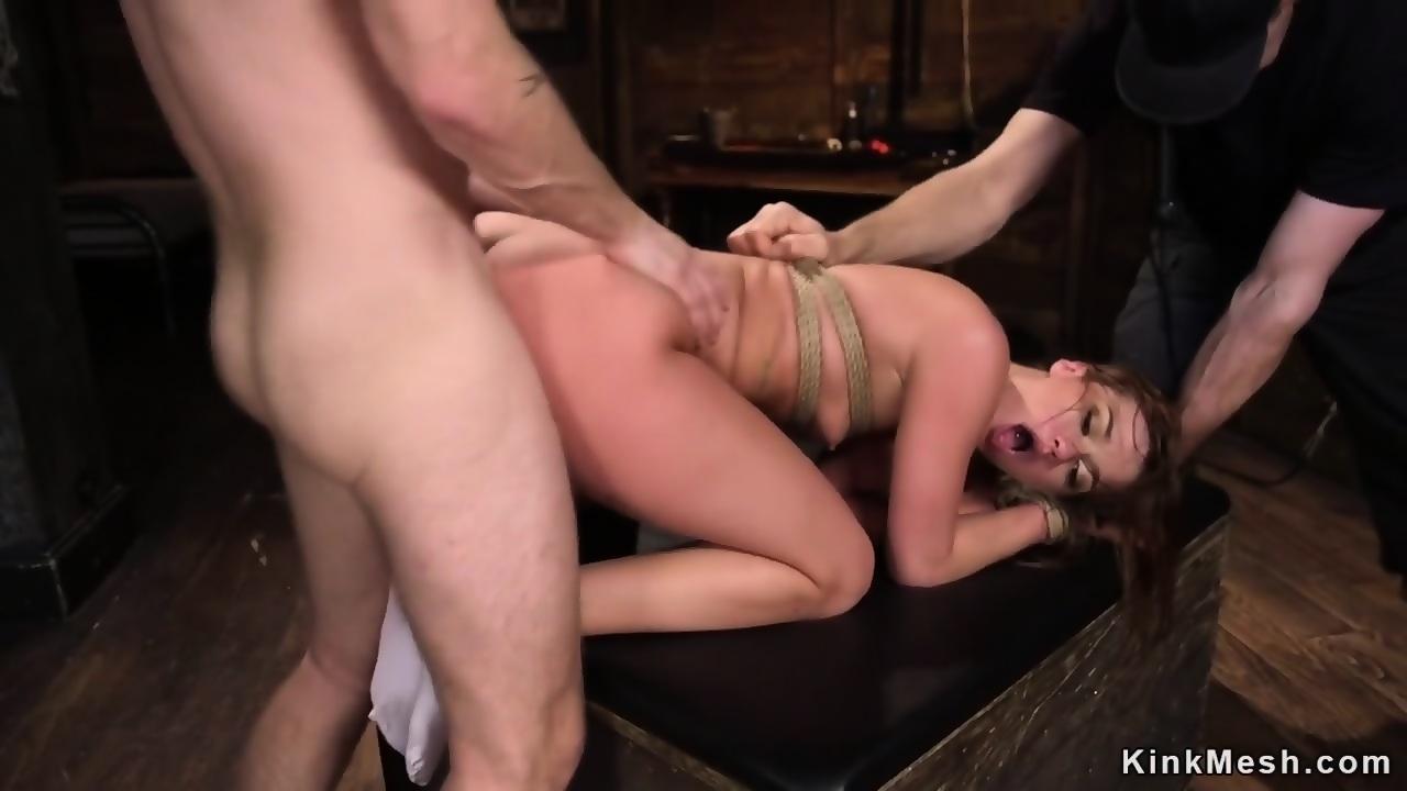 Amateur makes pornstar cum