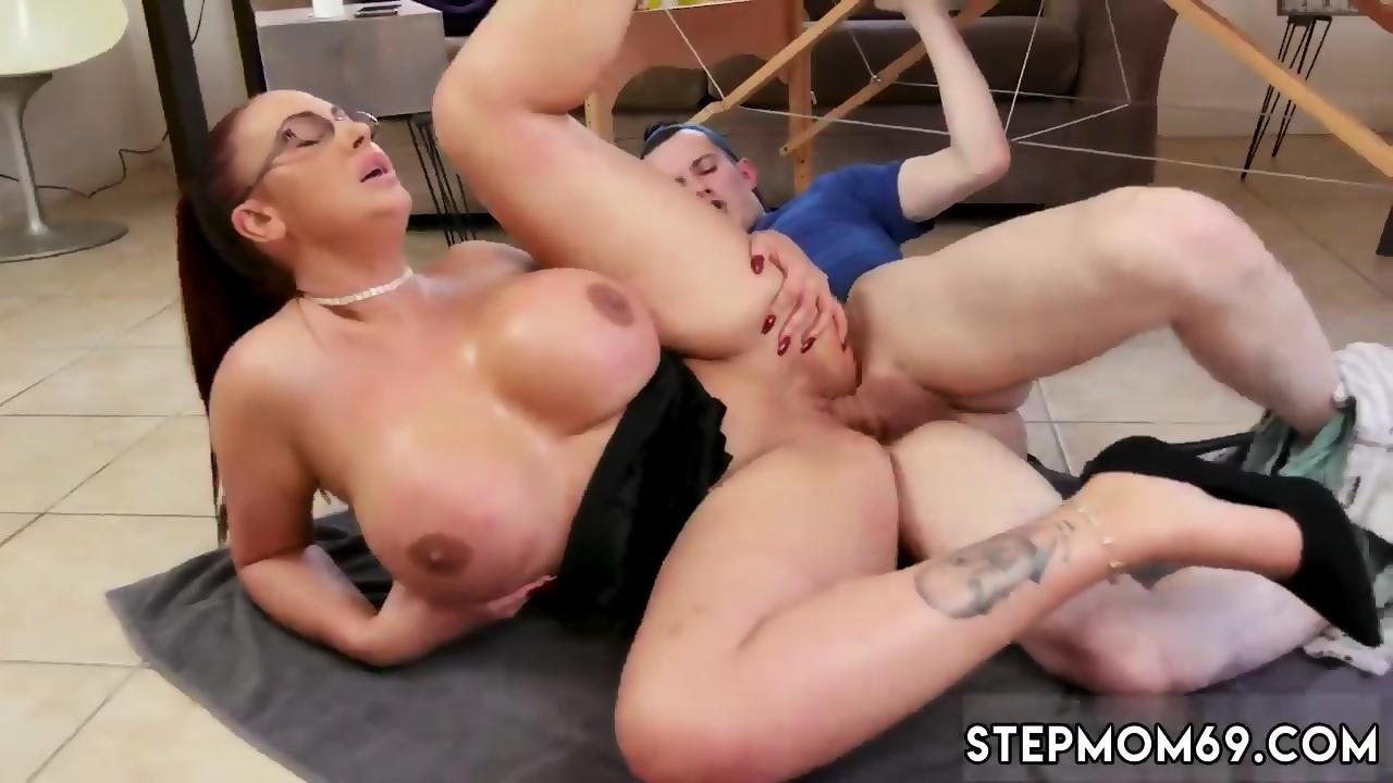 anal fuck Mom