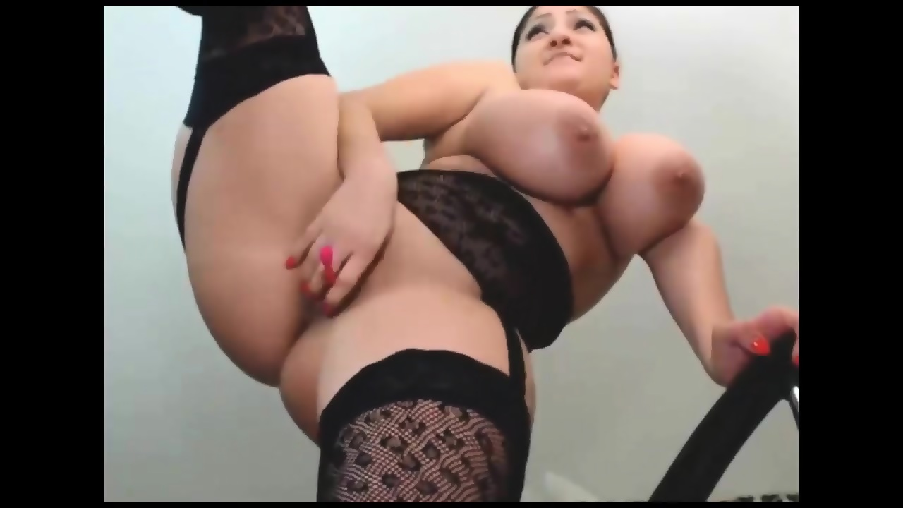 All Natural Latina Squirt
