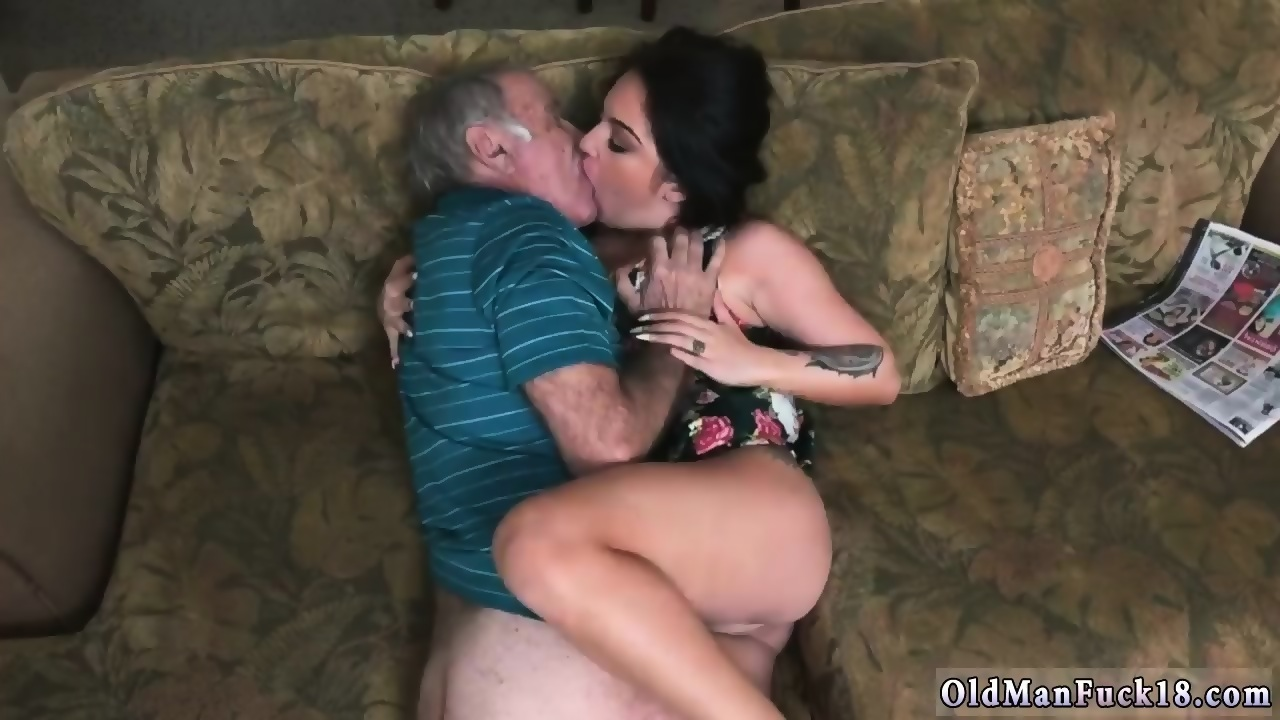 Girl Gets Finger Fucked Hard