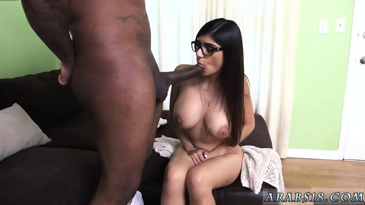Hot naked milfes pussy